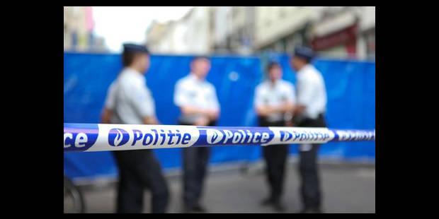 Un sack-jackeur emboutit 4 véhicules lors d'une course-poursuite avec la police - La DH