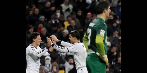 Un bon Real domine un Atletico insipide (2-0) - La DH