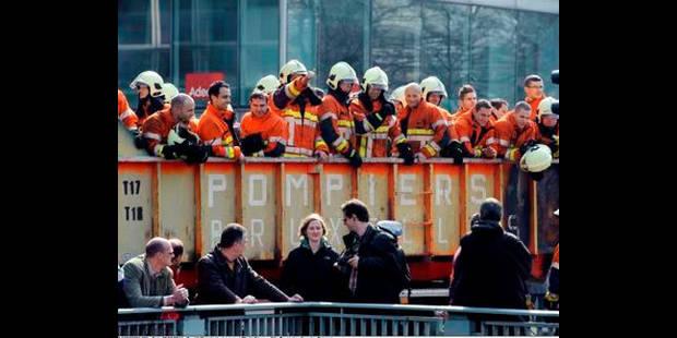 """Les pompiers """"excédés"""" et """"dégoûtés"""" par le gouvernement - La DH"""