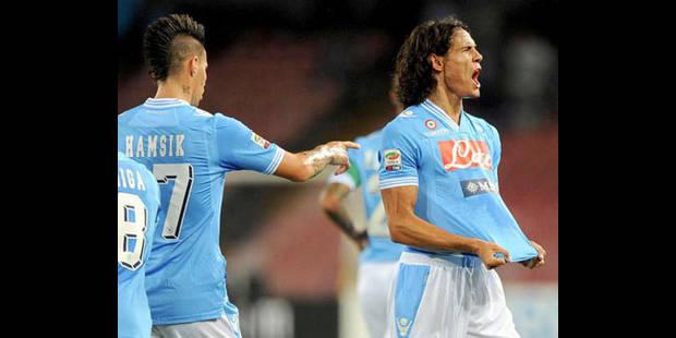 Naples rejoint la Juventus en tête grâce à un triplé de Cavani - La DH