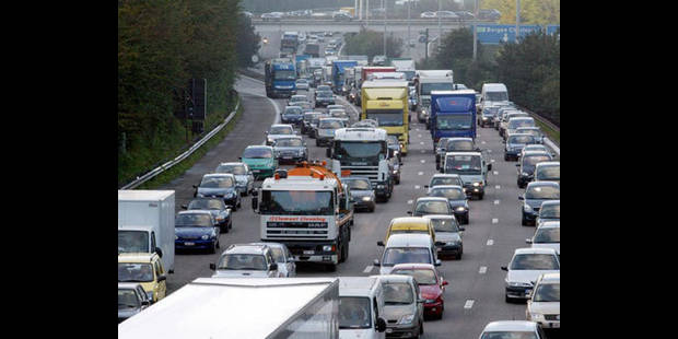 Bruxelles refuse les projets flamands d'élargissement du ring - La DH