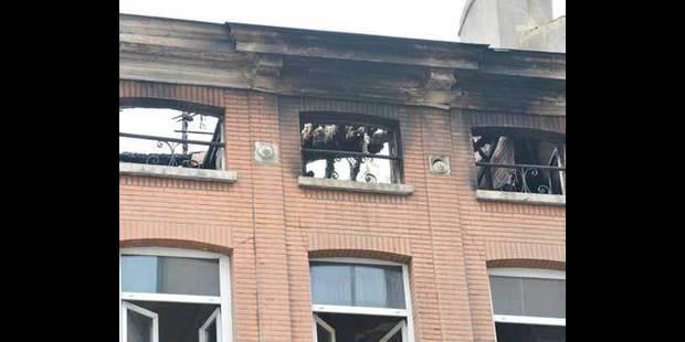 Etterbeek: une lampe halogène à l'origine de l'incendie - La DH