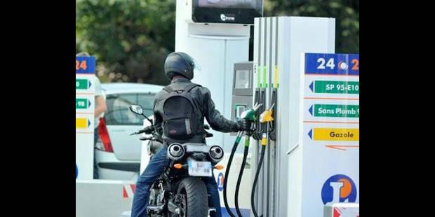 Leclerc et les Magasins U vendront l'essence à prix coûtant - La DH
