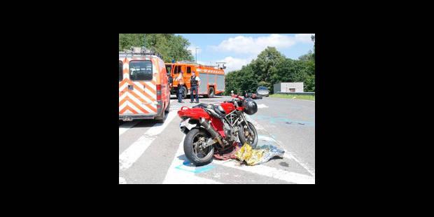 Collision frontale  entre deux motos - La DH