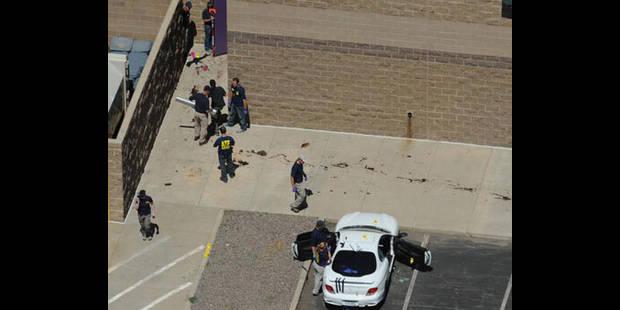 Fusillade au Colorado: la police tente toujours d'entrer chez le tireur