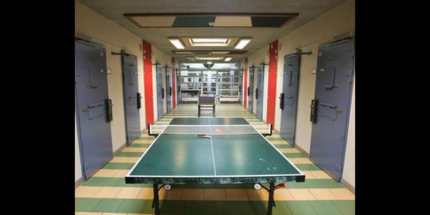 Violence et problèmes linguistiques à la prison de Tilburg - La DH
