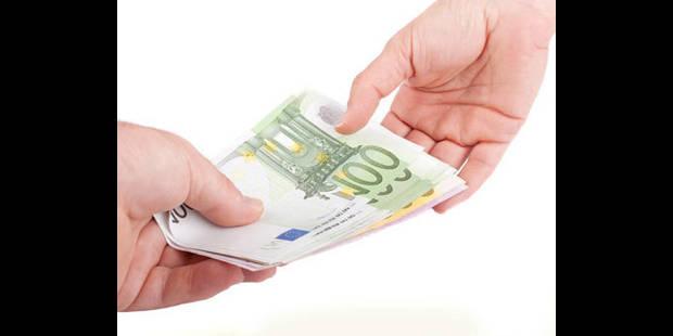 Un salaire ne pourra plus  être payé en cash ! - La DH