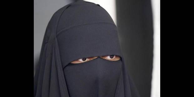 La femme contrôlée en niqab n'a pas encore porté plainte - La DH