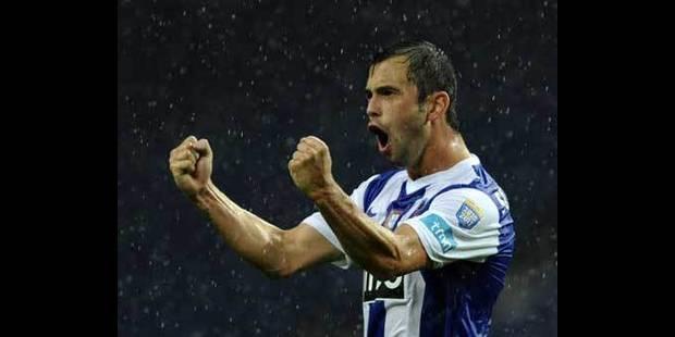 Defour champion du Portugal avec Porto - La DH