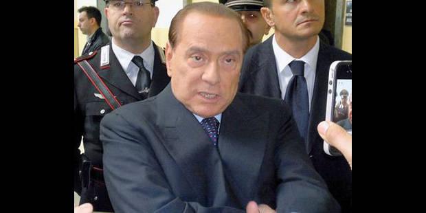 """Berlusconi: """"Hollande pourrait apporter un vent nouveau en Europe"""" - La DH"""