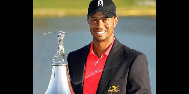 Tiger Woods remporte son premier tournoi officiel depuis fin 2009 - La DH