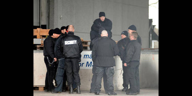 Meister Sprimont: la milice aurait fouillé les casiers du personnel - La DH