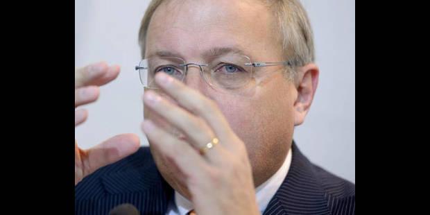 Le budget 2012 de la Fédération Wallonie-Bruxelles adopté au parlement - La DH