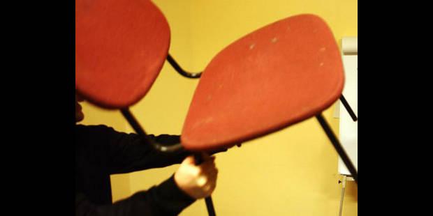 Condamnation d'une mère qui a frappé sa fille de 4 ans avec une chaise - La DH