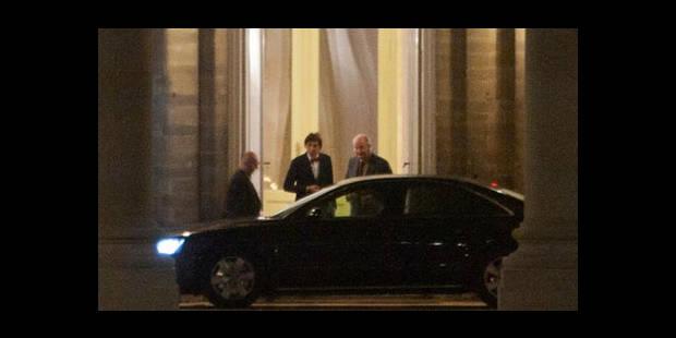 Le Roi consultera les négociateurs mardi - La DH