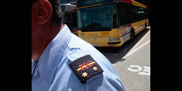 Les bus carolos seront suivis par la police - La DH