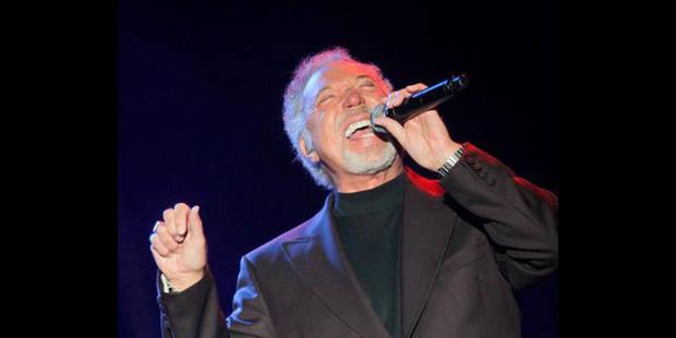Le chanteur Tom Jones, hospitalisé à Monaco, est sorti des urgences - La DH