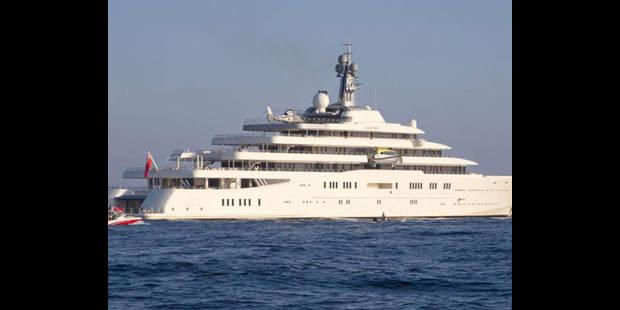 Le nouveau yacht du Russe Abramovitch trop grand pour le port d'Antibes - La DH