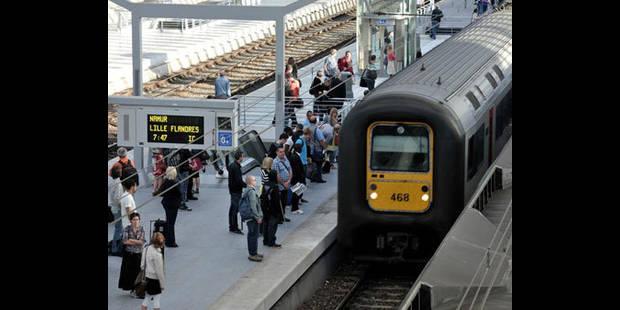 Plus de deux heures de retard pour un millier de passagers bloqués dans un train - La DH