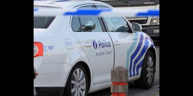 Six jeunes interpellés après avoir cambriolé et endommagé plusieurs voitures à Bruxelles - La DH