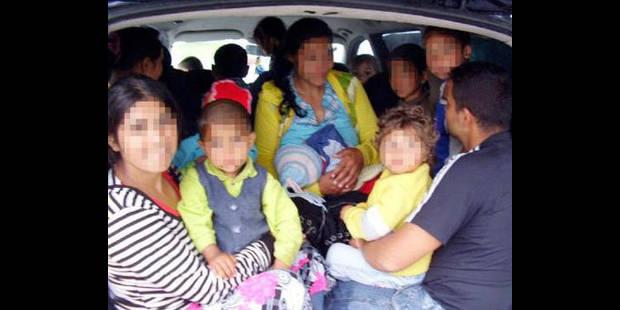 22 roumains  dans une camionnette - La DH
