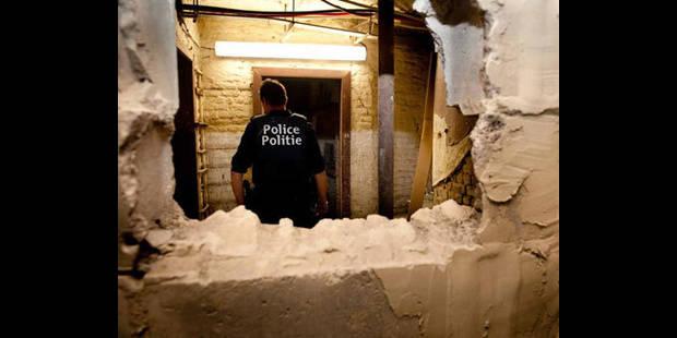 Les voleurs percent un mur  pour accéder à la banque - La DH