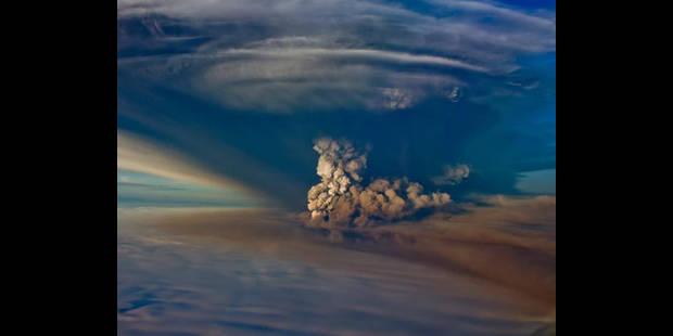 Le nuage de cendres devrait toucher le nord du Royaume-Uni lundi soir - La DH