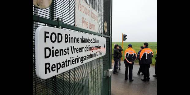 Activistes arrêtés au 127bis: LDH et CNCD demandent le respect du droit de manifester - La DH