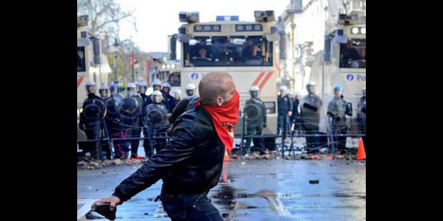 Euromanif: le SLFP-Police exige que la FGTB fasse des excuses aux policiers blessés - La DH