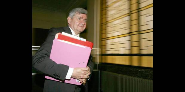 La Ville de Charleroi veut défendre son budget sur le terrain politique - La DH