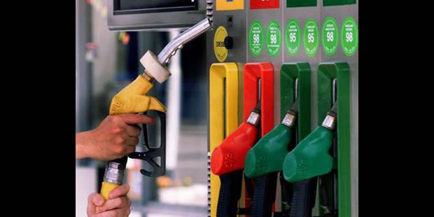 Le pétrole poursuit son envolée attisée par les craintes sur la Libye - La DH