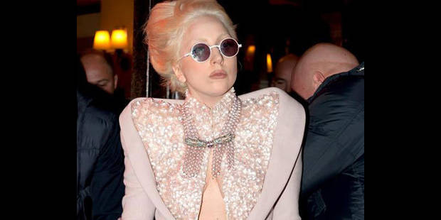 Lady Gaga, fumeuse de joints!