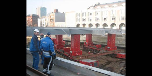 Un nouveau pont sur la Sambre - La DH