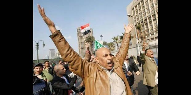 Heurts au Caire et à Suez: un policier et un manifestant tués - La DH