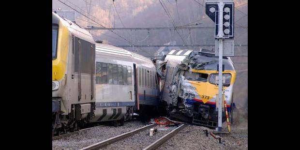 Accident entre deux trains, deux blessés léger - La DH