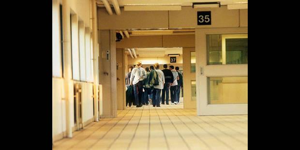 Des détenus vont déposer plainte au Conseil d'Etat - La DH