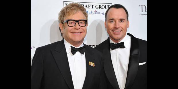 Elton John et son compagnon sont parents d'un petit garçon - La DH