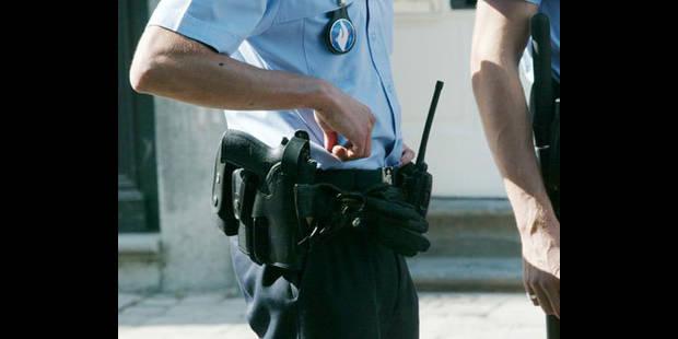 Policiers en goguette - La DH