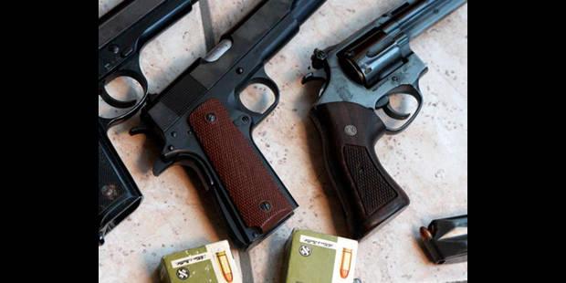 Coups de feu dans un bar de Gosselies: une personne est décédée - La DH