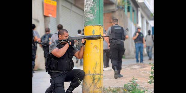 Brésil: La police annonce avoir pris le contrôle du bastion des narcos à Rio - La DH