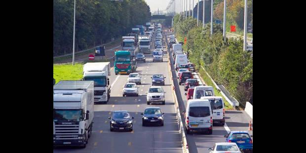 Une bande supplémentaire à l'étude pour l'autoroute E40 Bruxelles-Liège - La DH