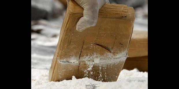 30 kilos de cocaïne dans des sacs à dos à Brussels Airport - La DH