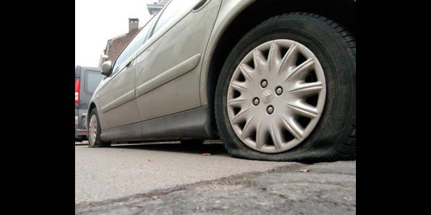 Ils ont crevé les pneus de 61 voitures - La DH
