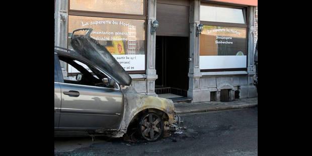 Encore quatre voitures brûlées en région liégeoise - La DH