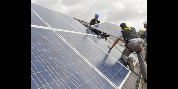 La gare de Charleroi se met au photovoltaïque - La DH