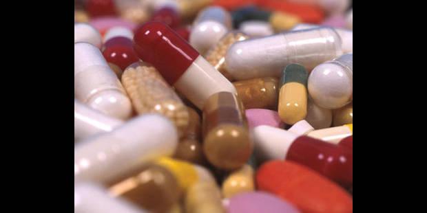 Des médicaments contrefaits en vente sur internet - La DH