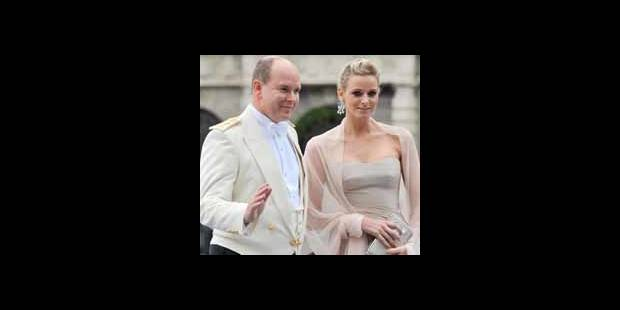 Le prince Albert de Monaco se fiance à Charlene Wittstock - La DH