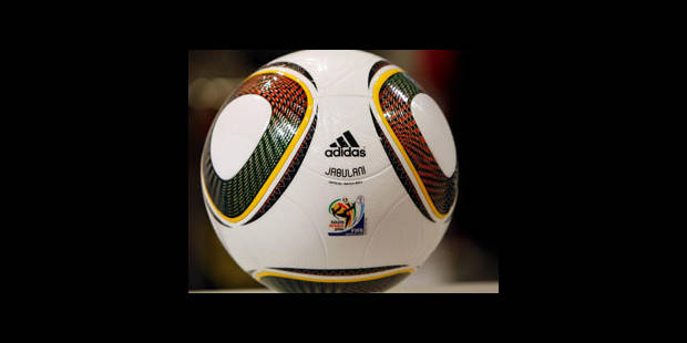 Le Jabulani, ballon officiel, trop dur pour les Espagnols - La DH