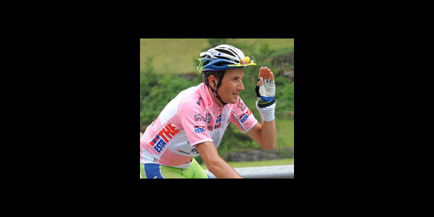 Basso, le pécheur repenti, remporte le Giro - La DH