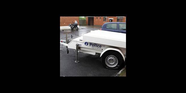 Deux remorques de la police ont été vandalisées - La DH